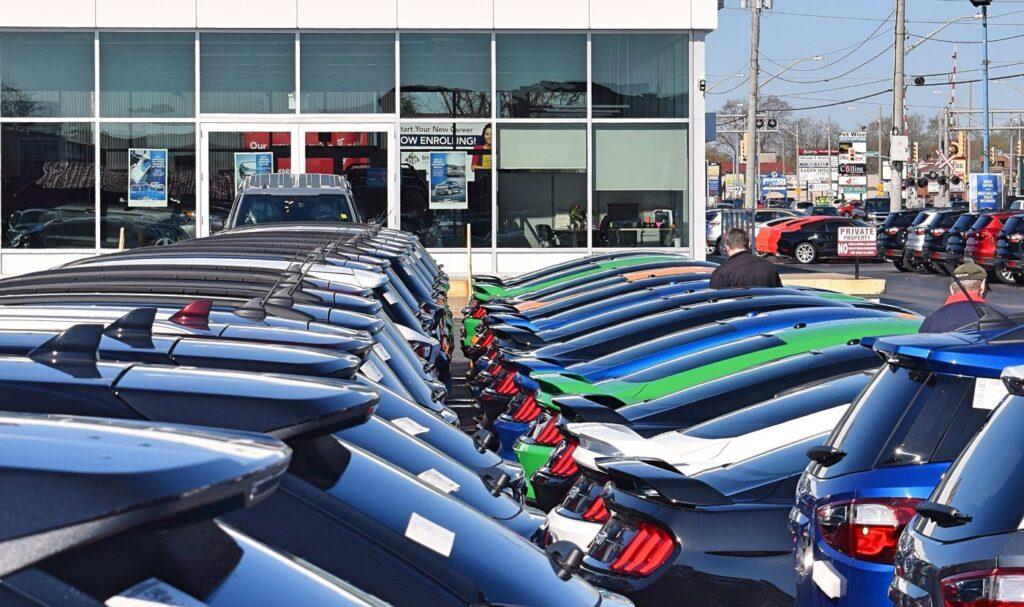 Sıfır Araç Satışları Her Yerde Düşüşte